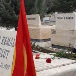 Ankara'da devrim şehitleri mezarları başında anıldı