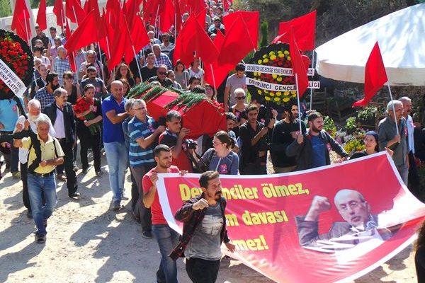 İzmir'deki gözaltılar adli kontrol ve yurtdışı yasağı ile serbest